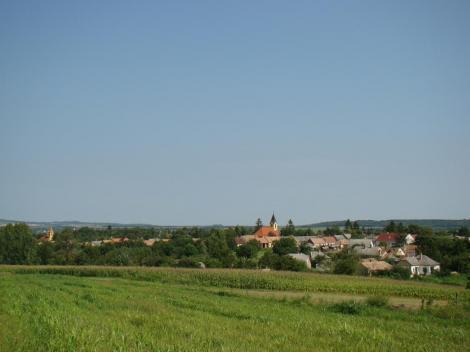 A falu nyáron