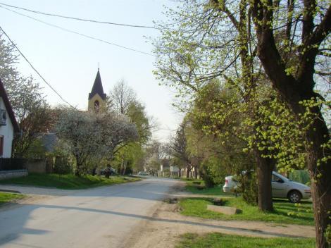 Kossuth utca tavasszal