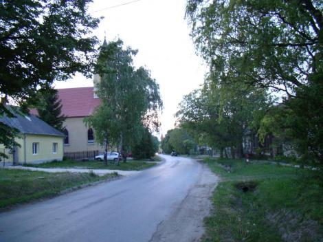 Kossuth utca nyáronl